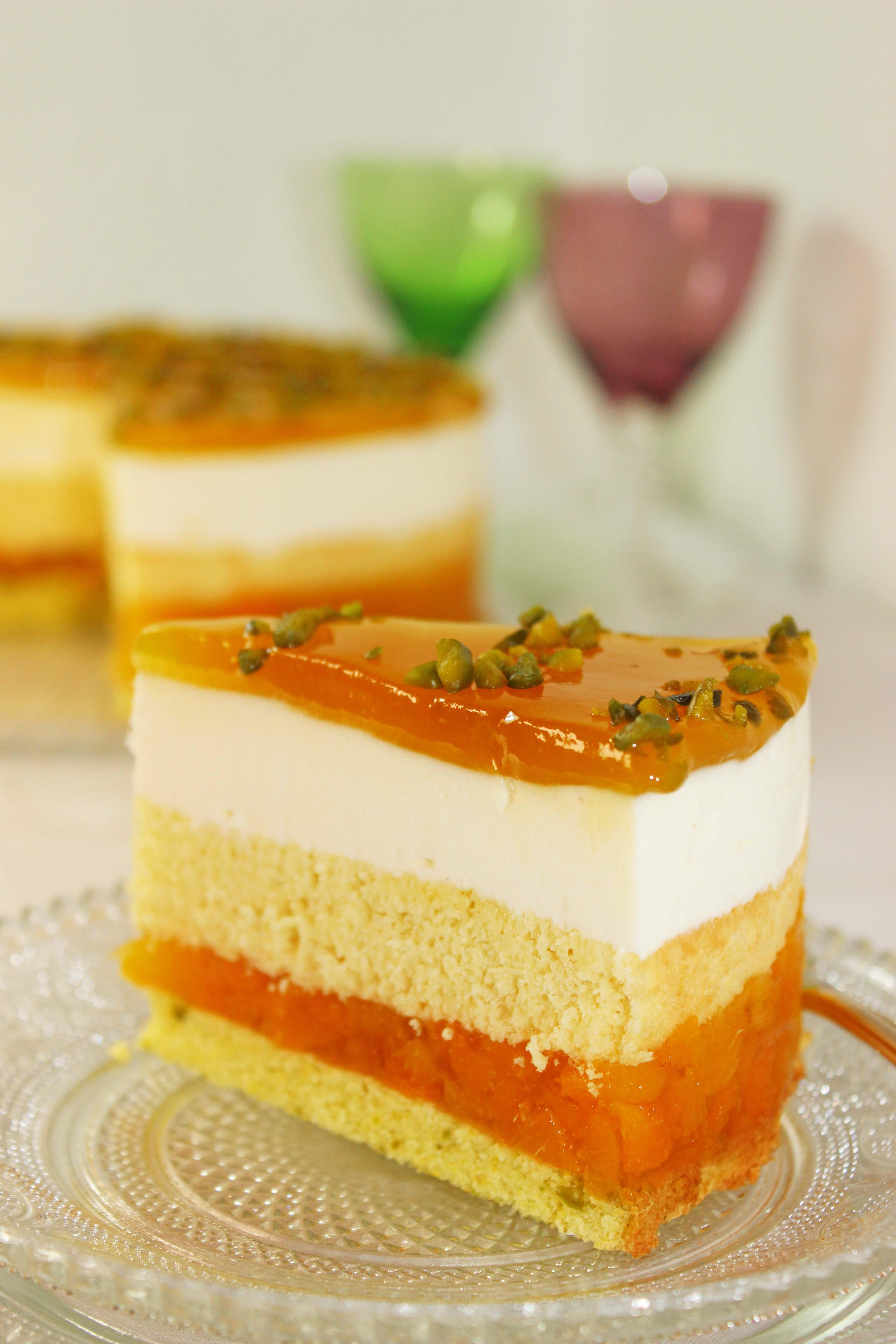 Aprikosen-Pistazien Torte