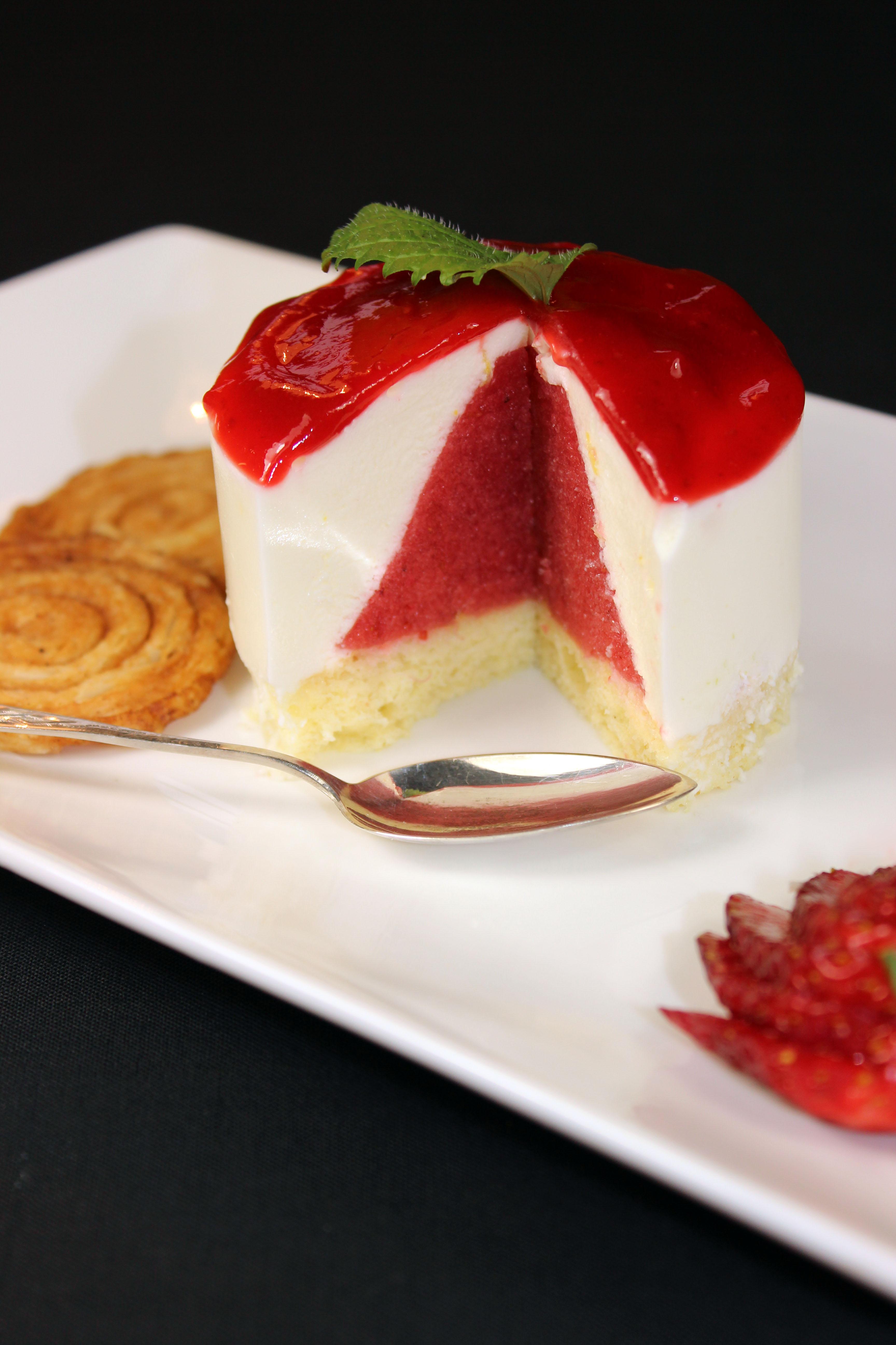 Erdbeertörtchen mit Gewürzarlettes