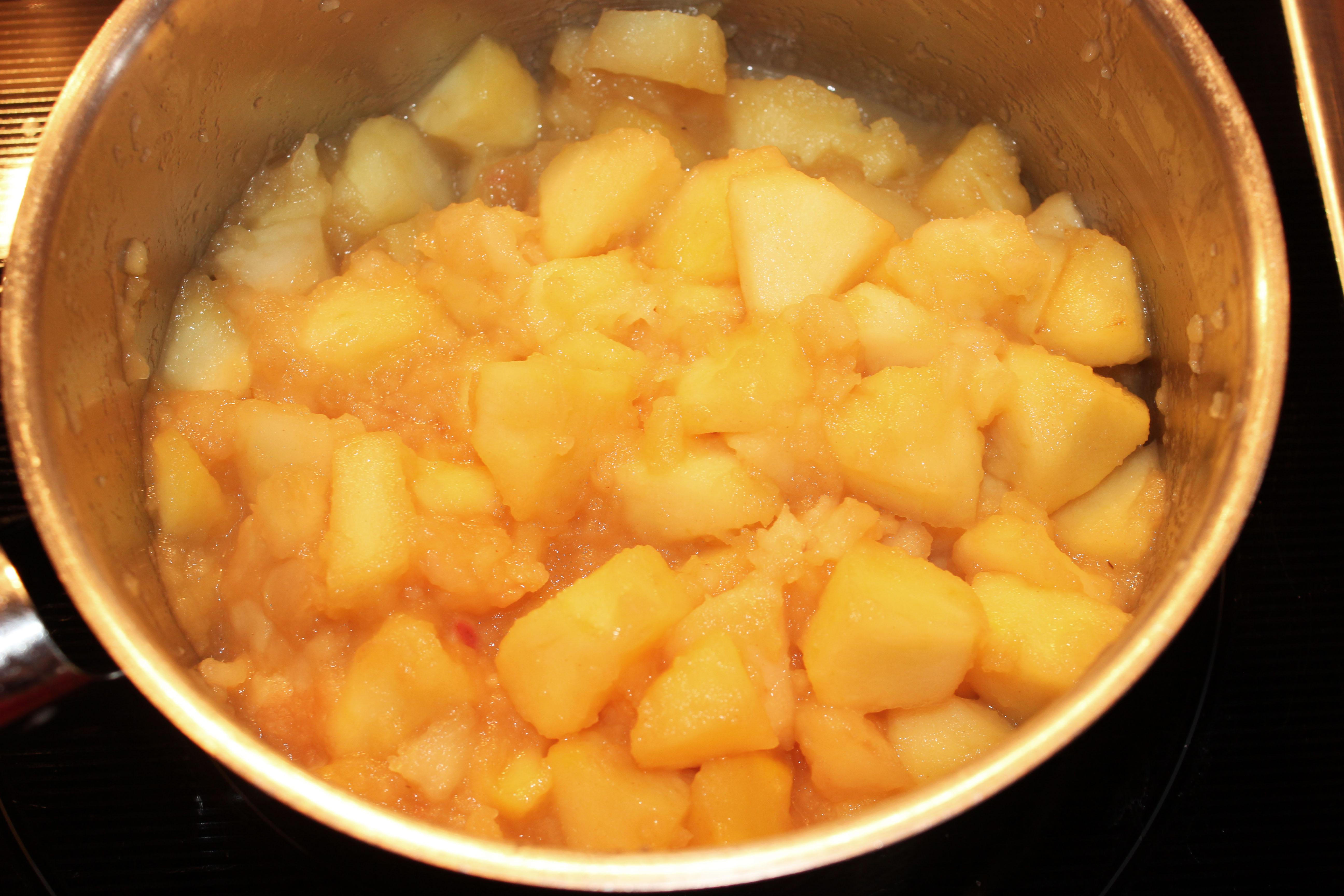 Karamell-Apfel-Cheesecake_4385_bearbeitet-1