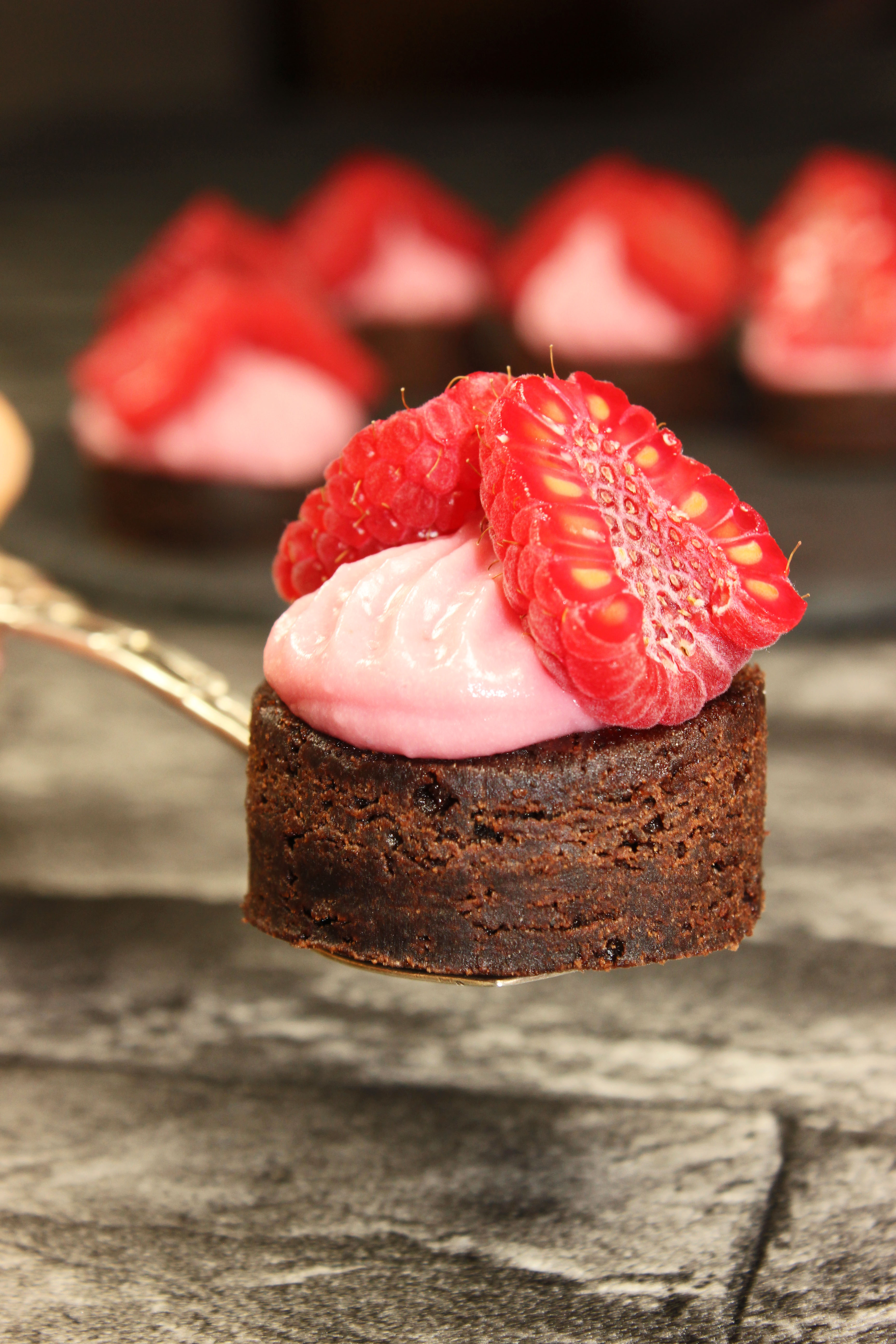 Himbeermousse Brownies_4810_b
