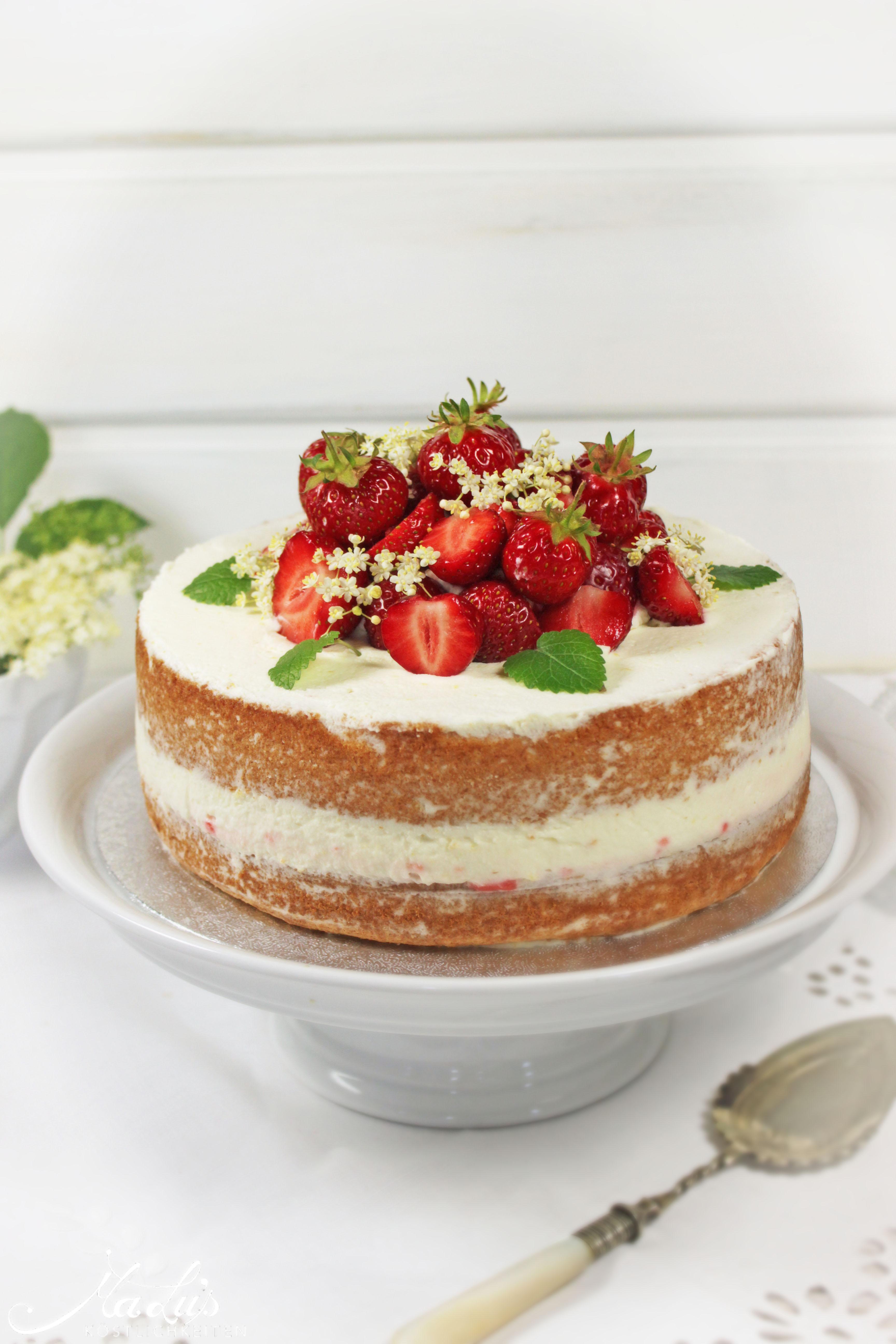 Erdbeer-Holunder Naked Cake