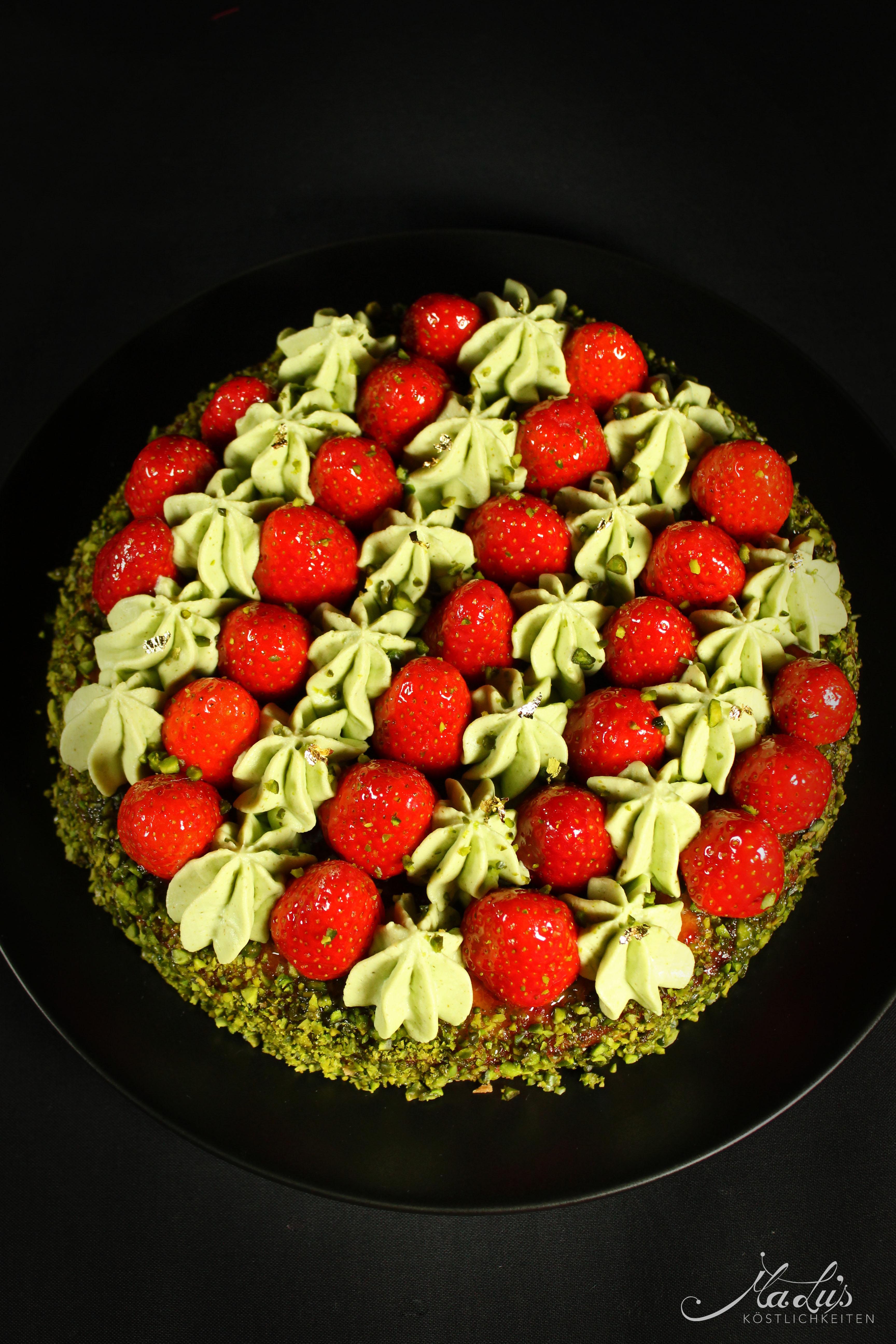 Erdbeer-Pistazien Tarte Fantastik