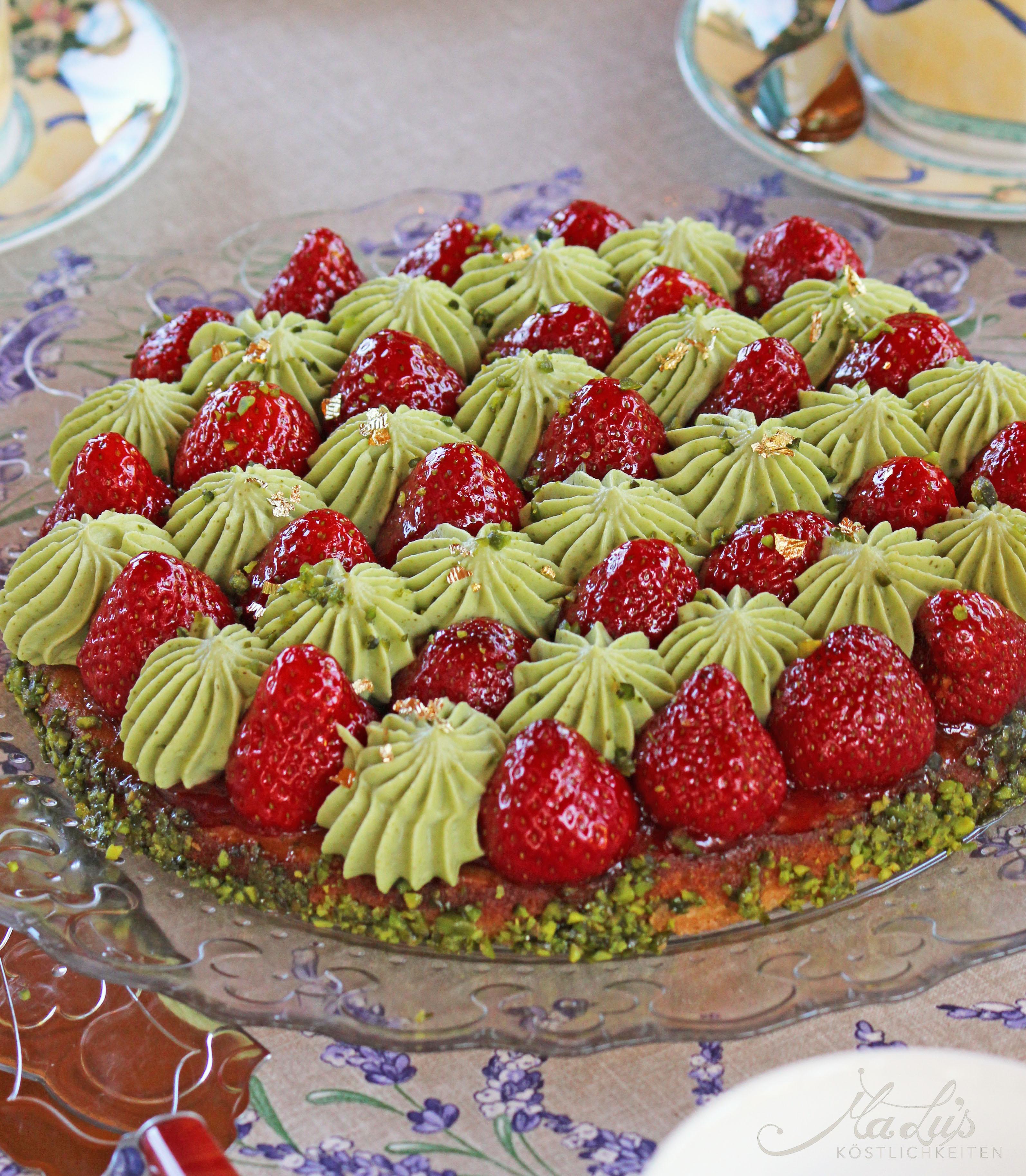 Erdbeer-Pistazien Tarte_1133_f1