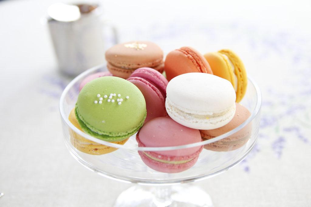 Maxi Himbeer-Pistazien Macarons