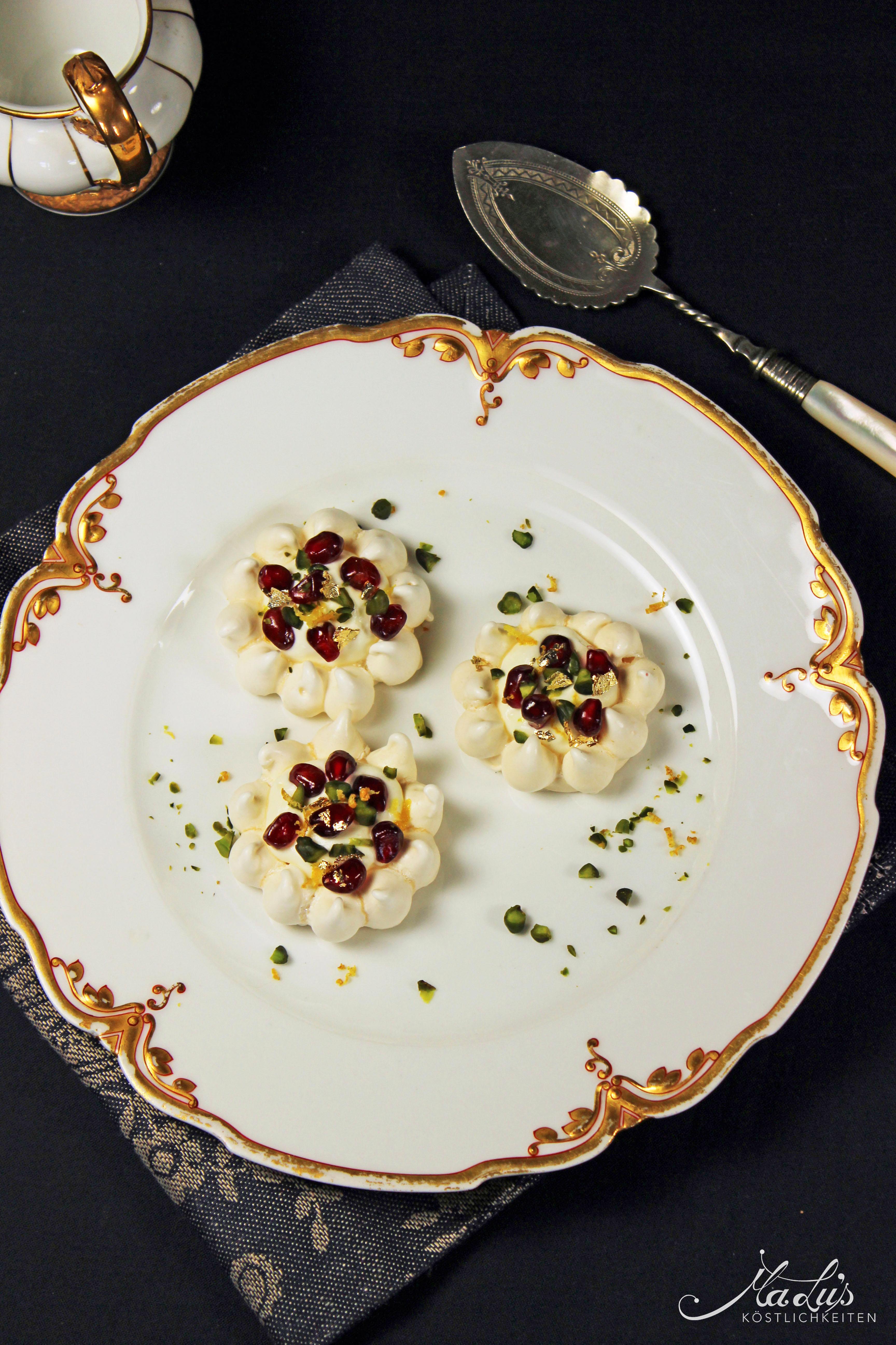 Mini Granatapfel-Honig-Pavlovas