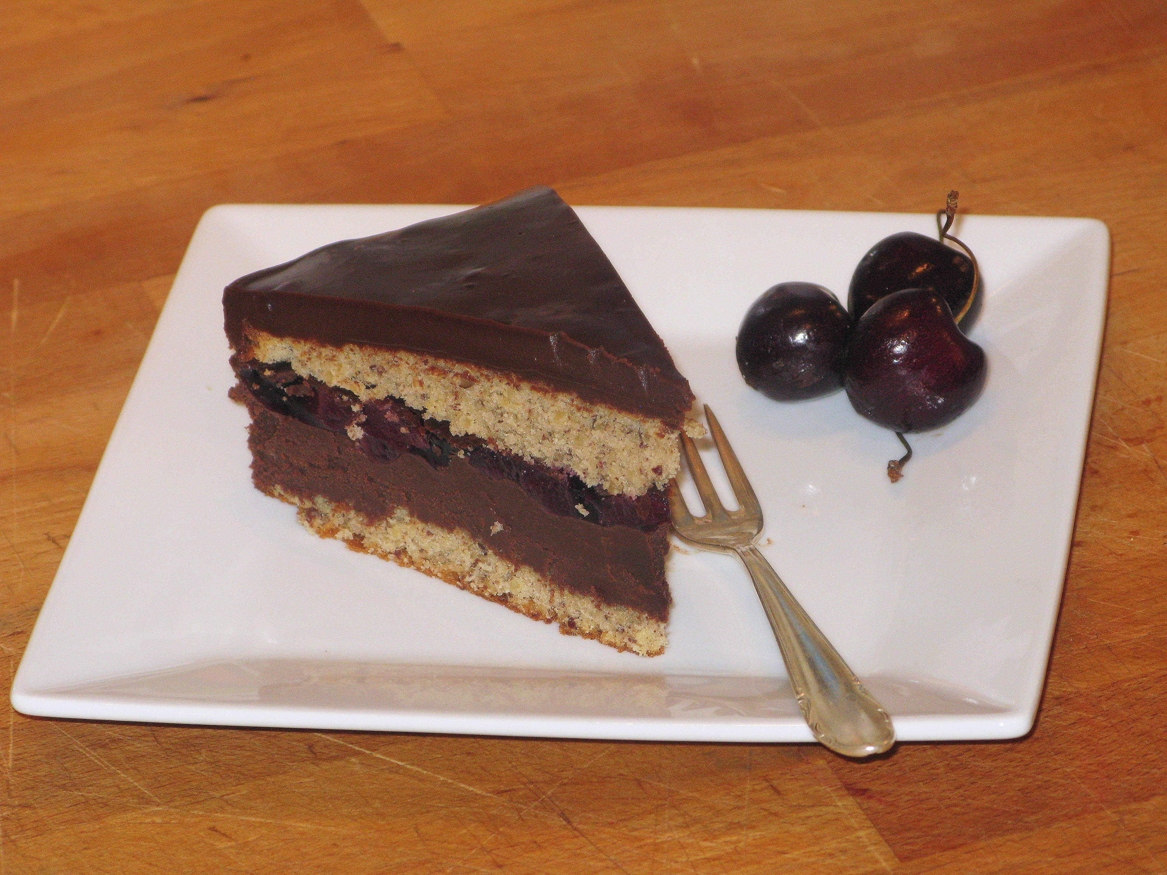 Kirsch Nuss Torte - Haferlgucker
