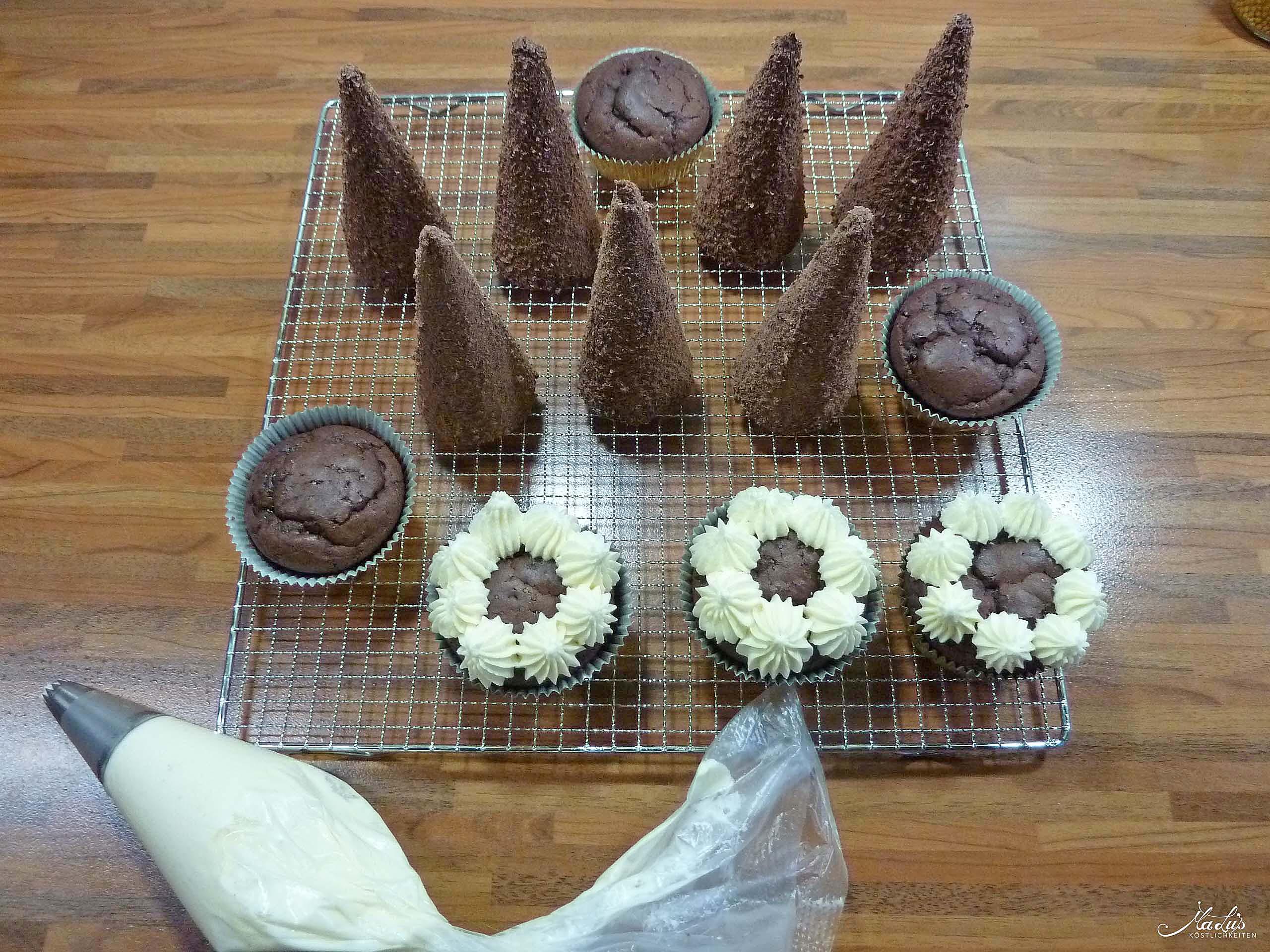 tannenbaum-cupcakes-frosting
