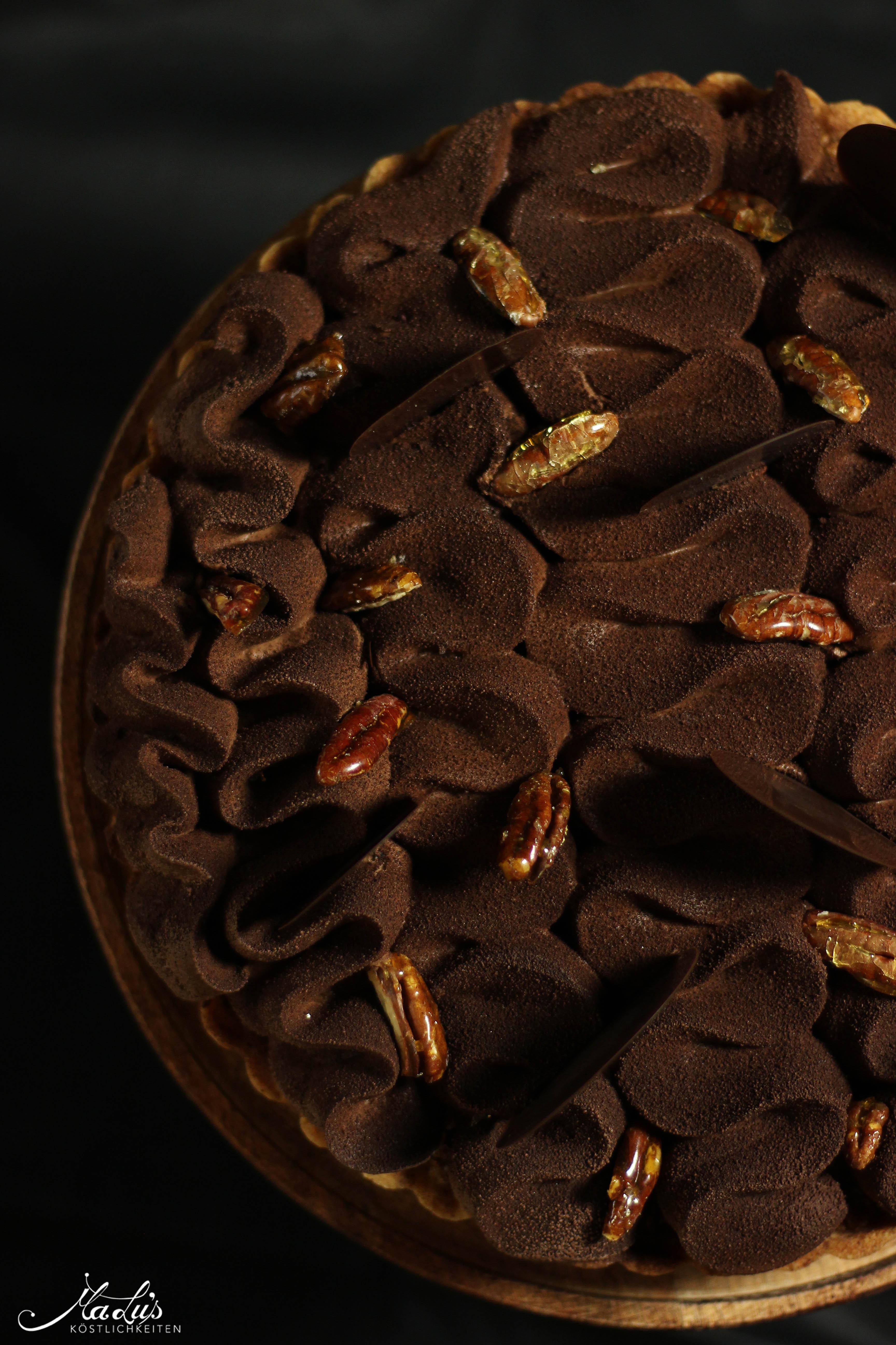 schokoladen-vanilletarte-mit-karamellisierten-pekannu%cc%88ssen-2