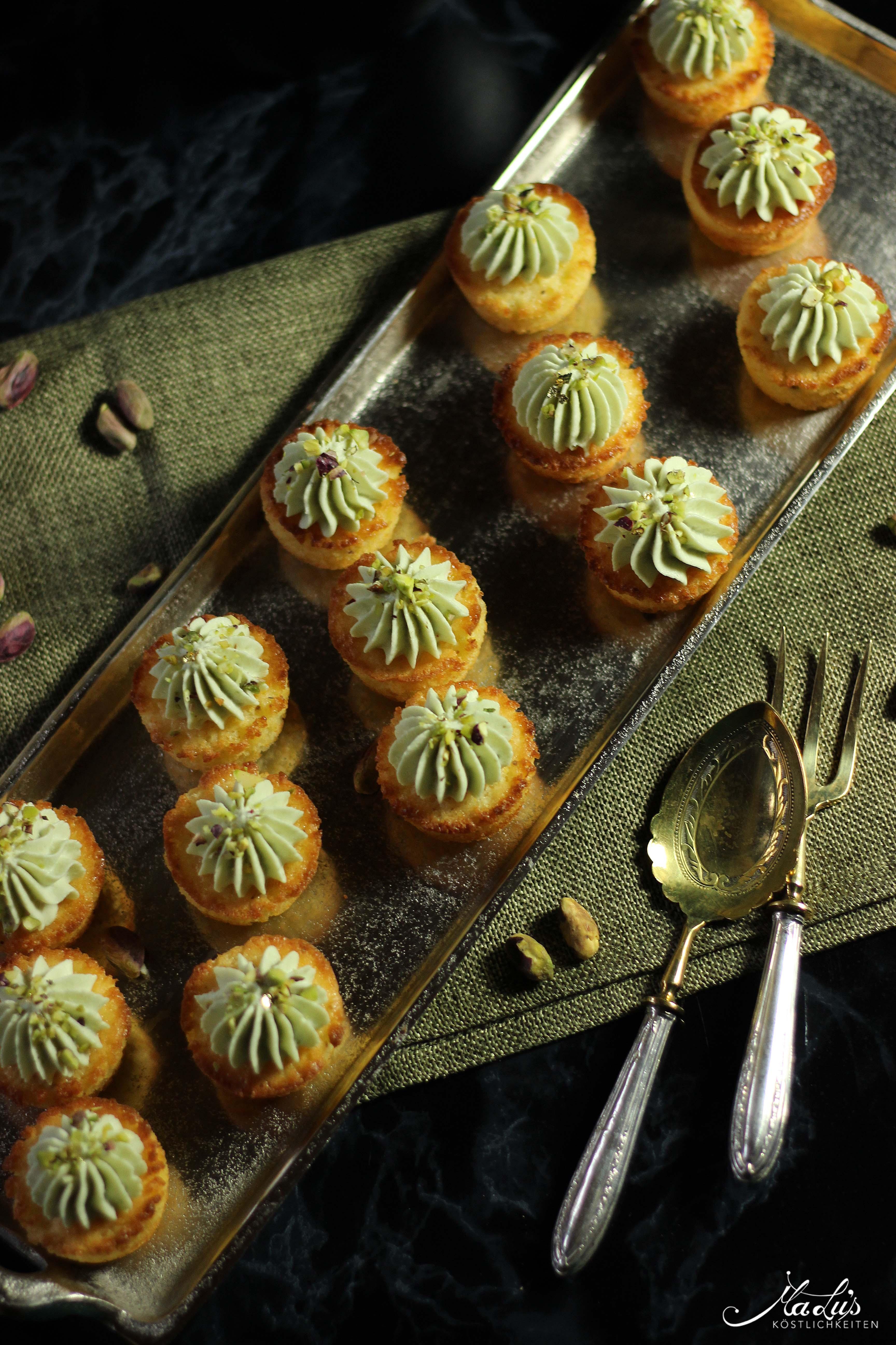 Orangen-Pistazien Mini Cupcakes