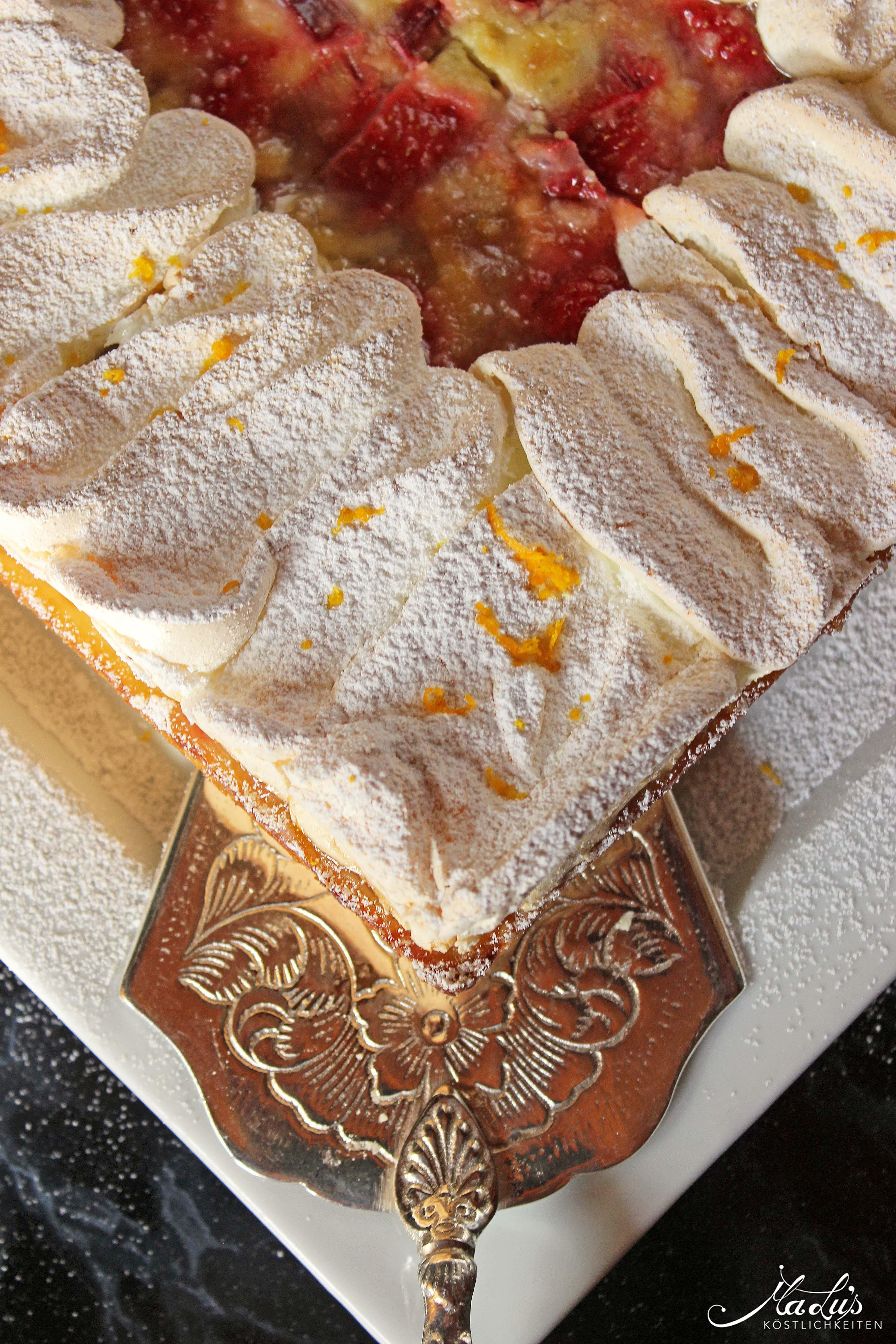 Rhabarber-Erdbeer Flan Tarte mit Orangenbaiser