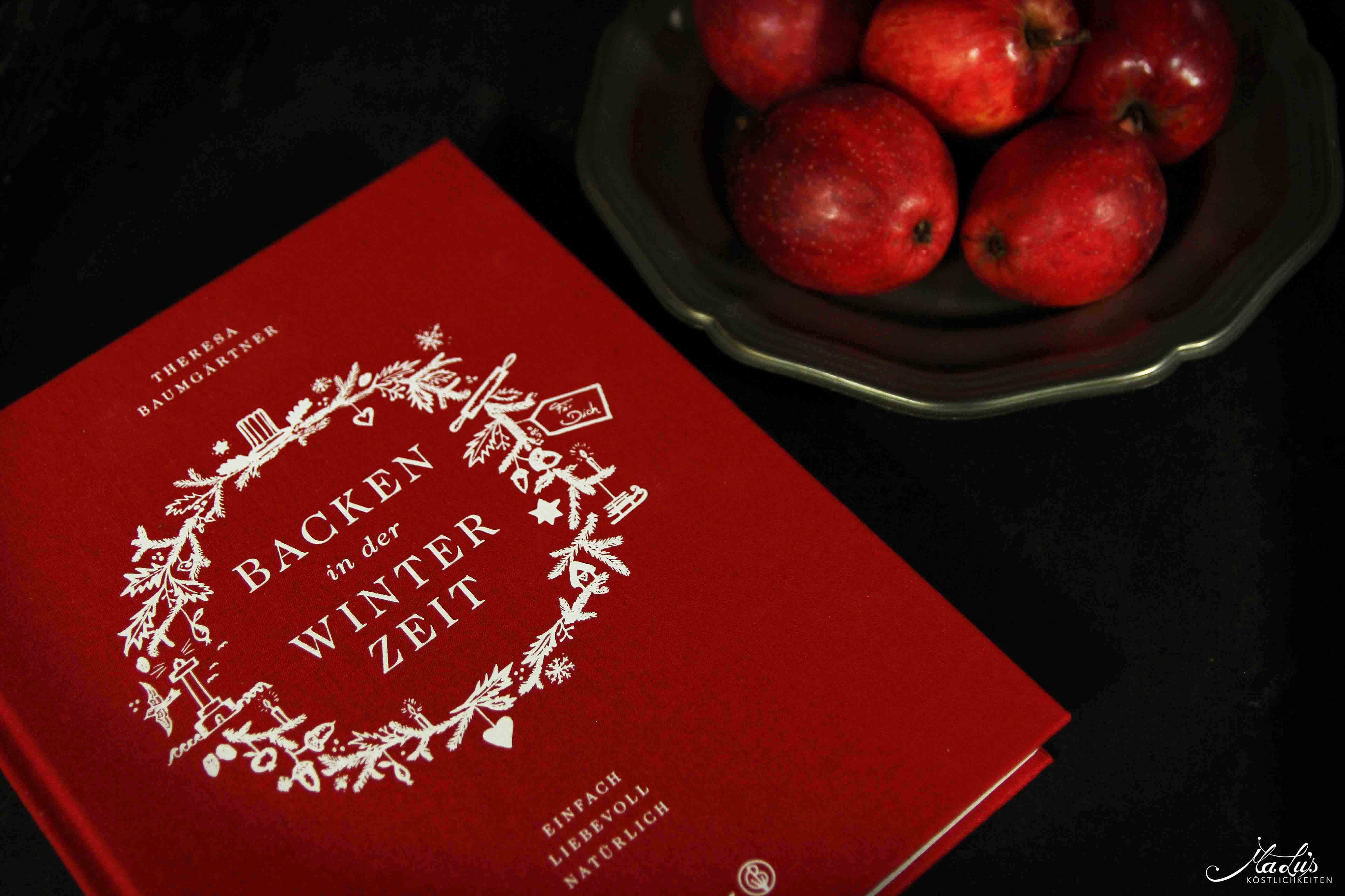 "Rezension ""Backen in der Winterzeit"" von Theresa Baumgärtner"