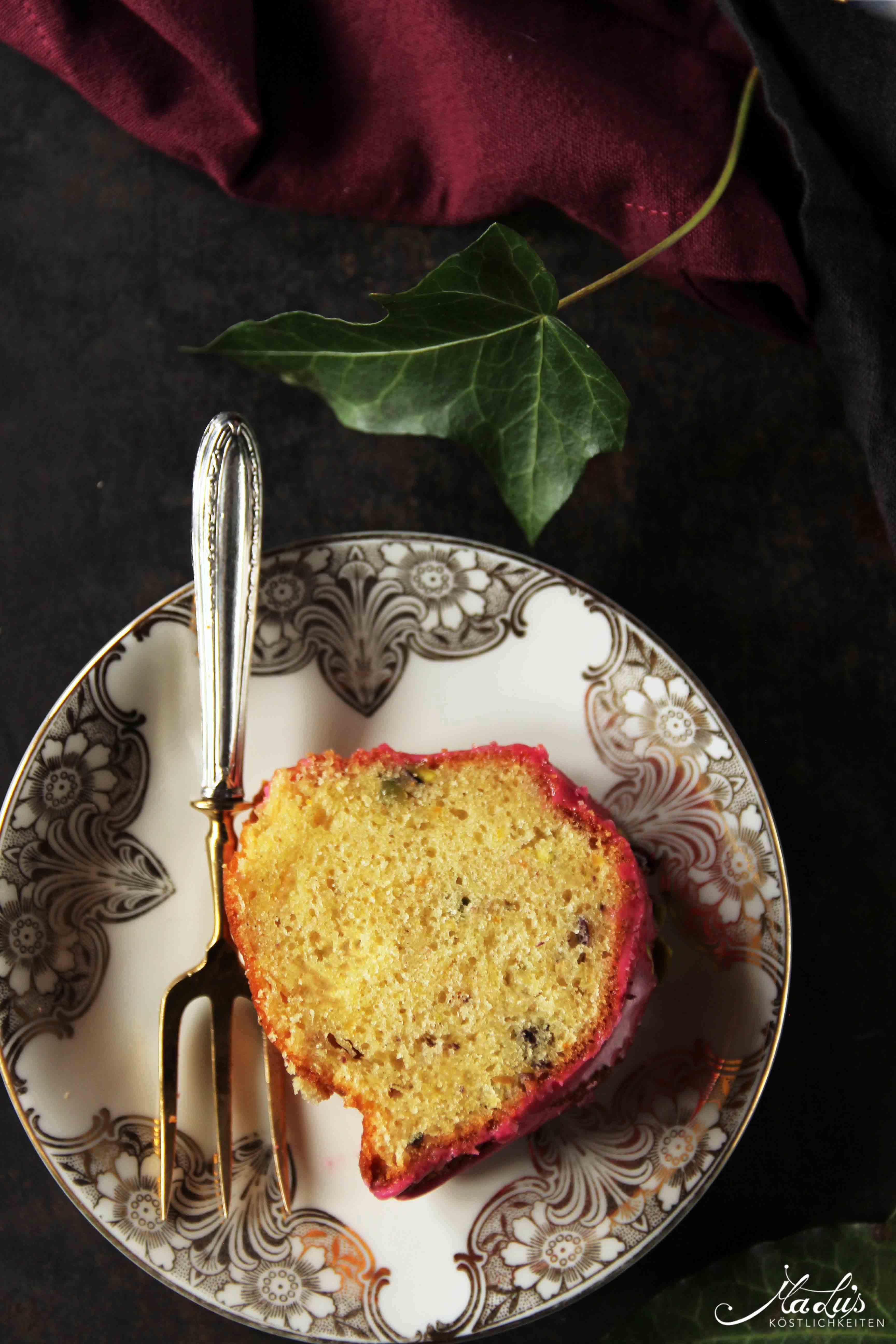 Gugelhupf mit Rose & Hibiskus