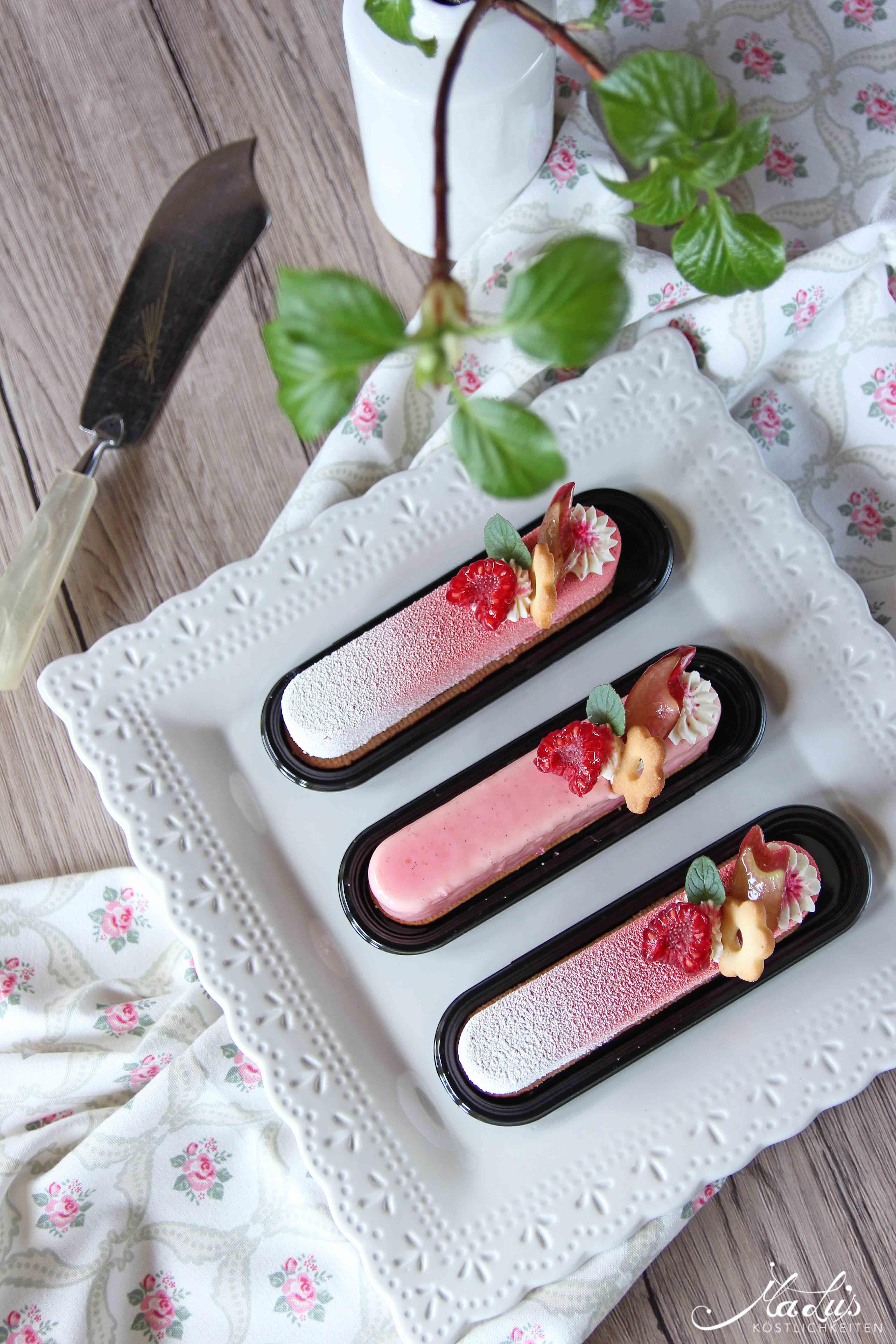 Rhabarber-Himbeer-Vanille Törtchen | MaLu's Köstlichkeiten