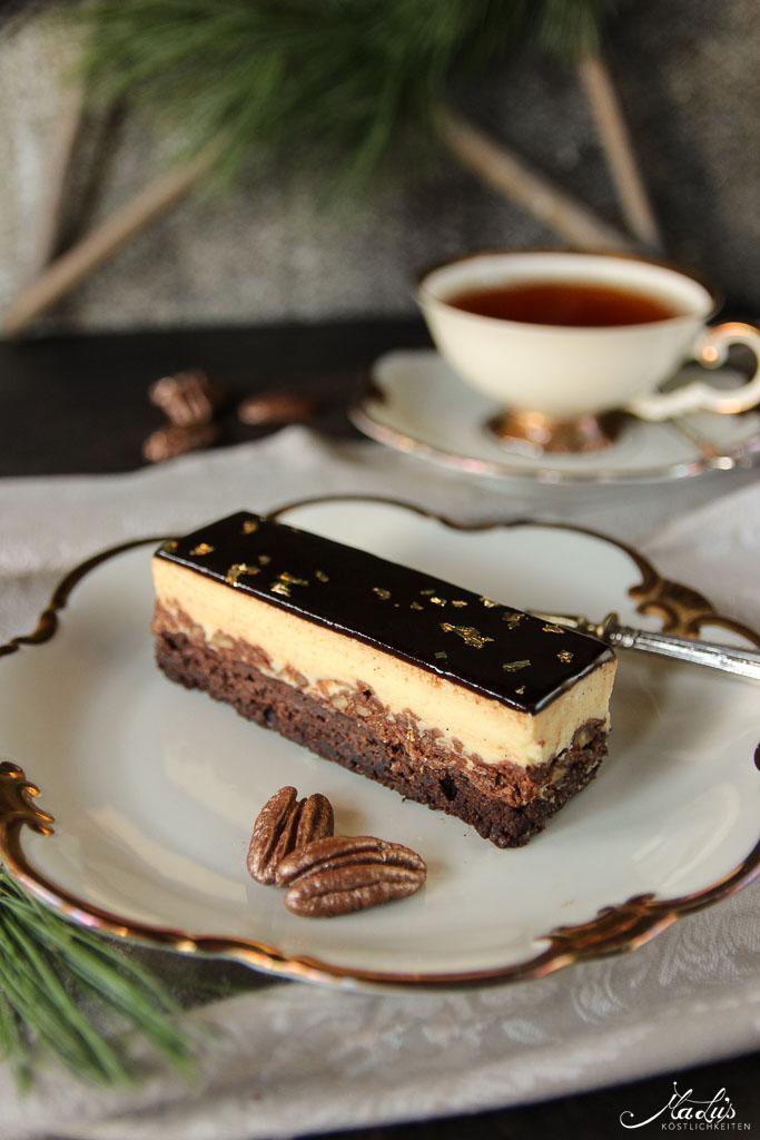 Schokoladige Vanille-Pekannuss Schnitten