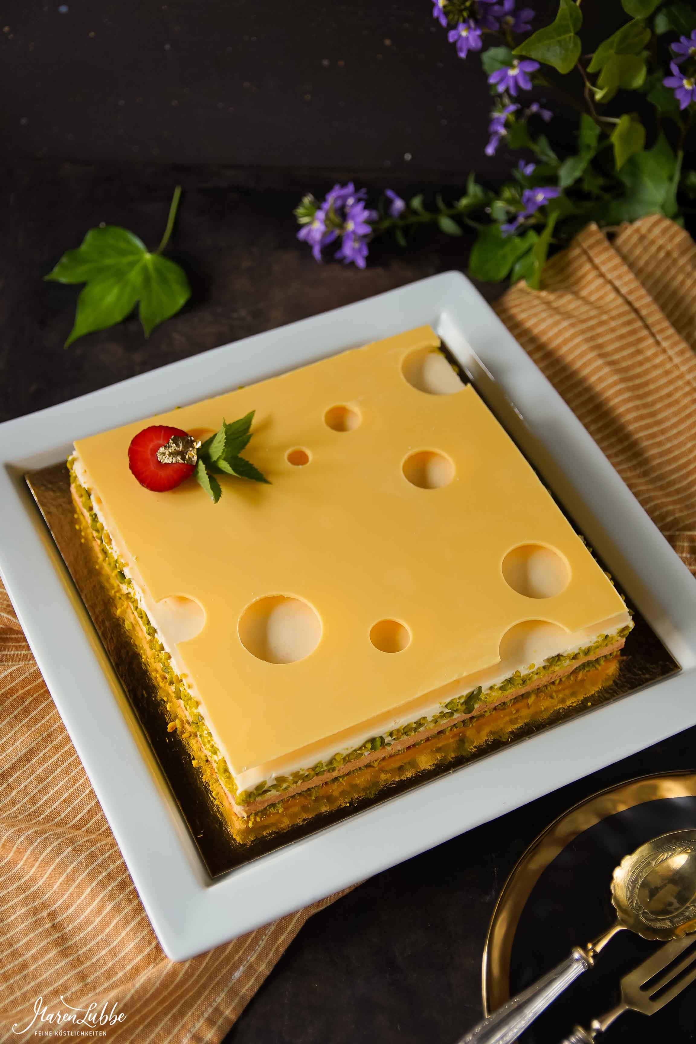 "Cheesecake ""Emmentaler Style"""