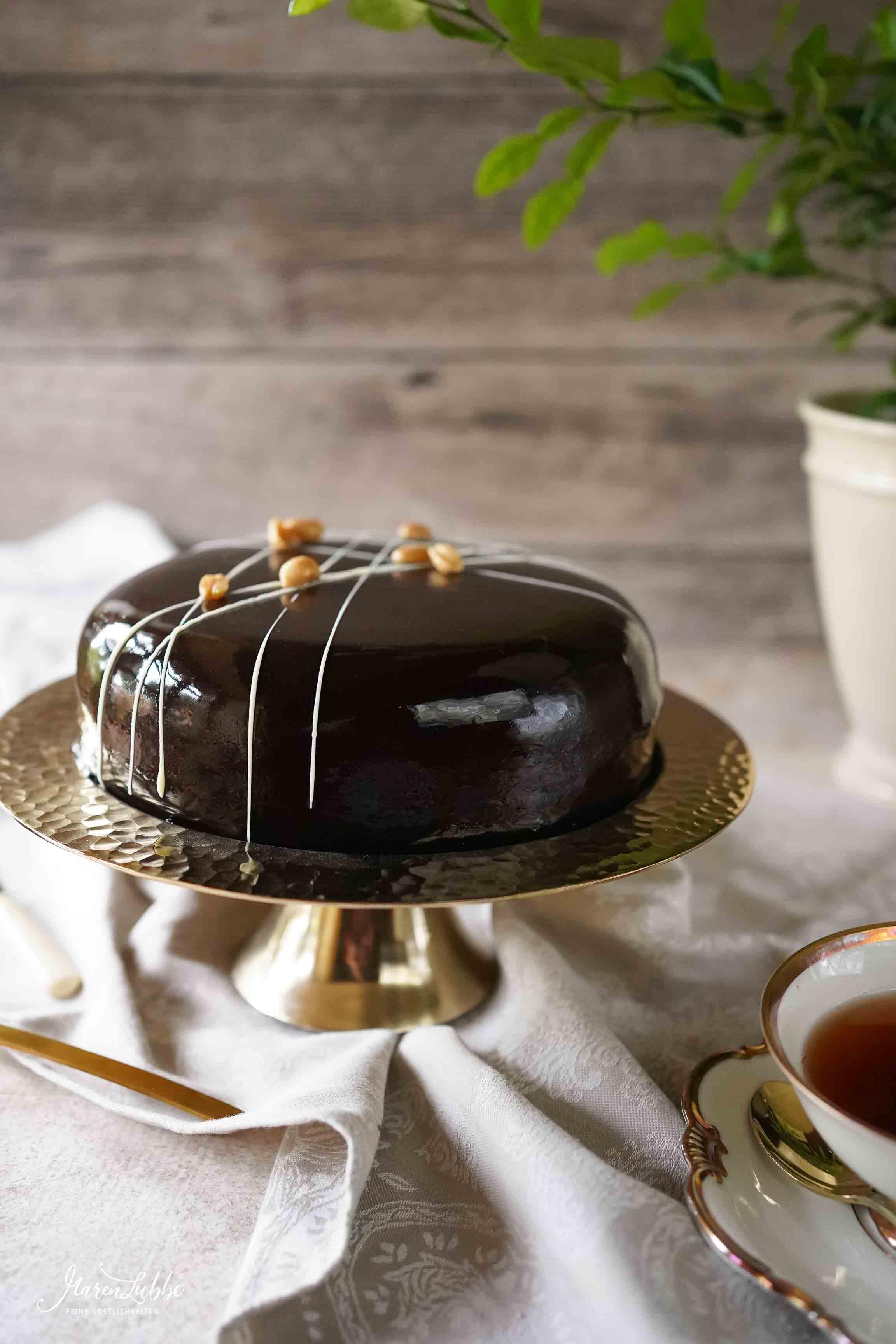 Schoko-Erdnuss Torte // Maren Lubbe