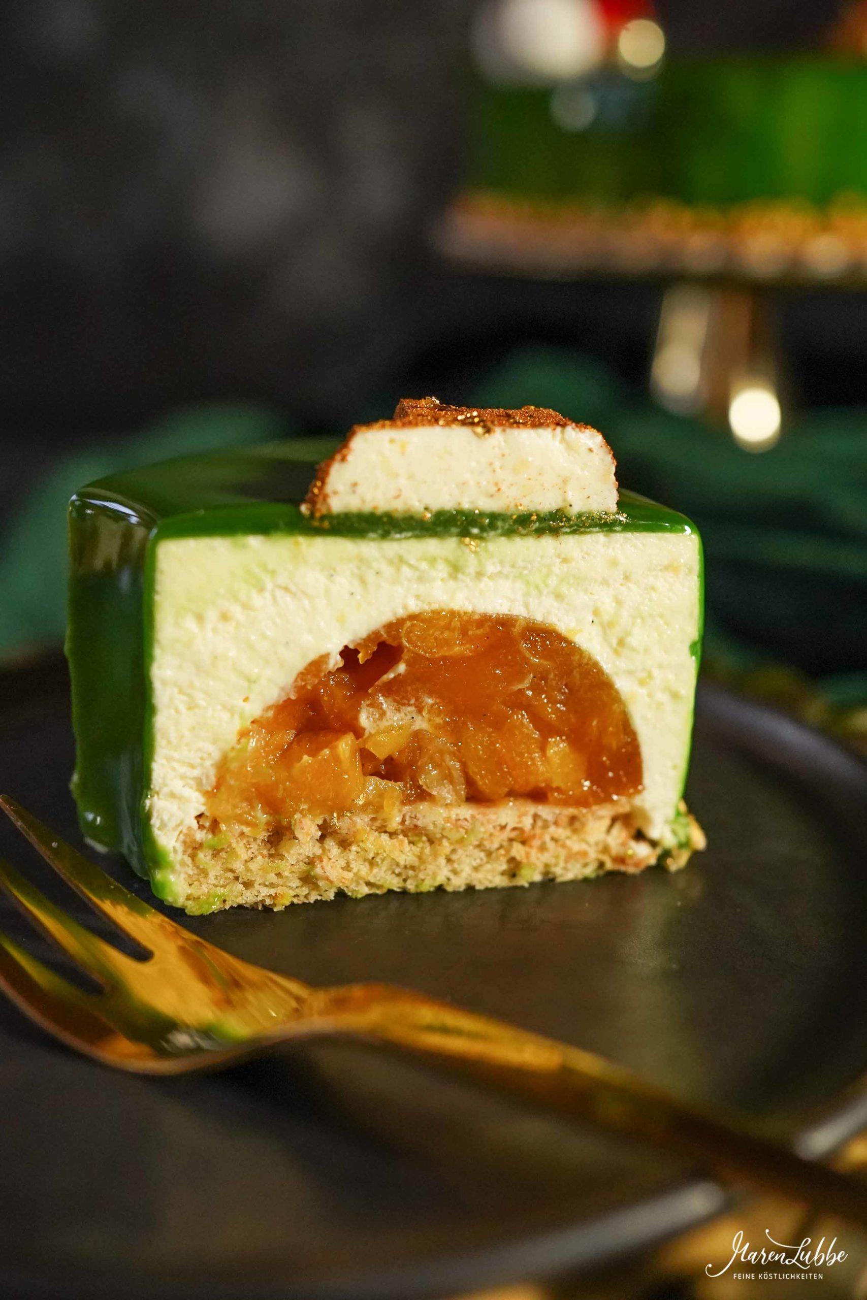 Weihnachtskranz - Vanilletorte mit Aprikose und Lebkuchen // Maren Lubbe - Feine Köstlichkeiten